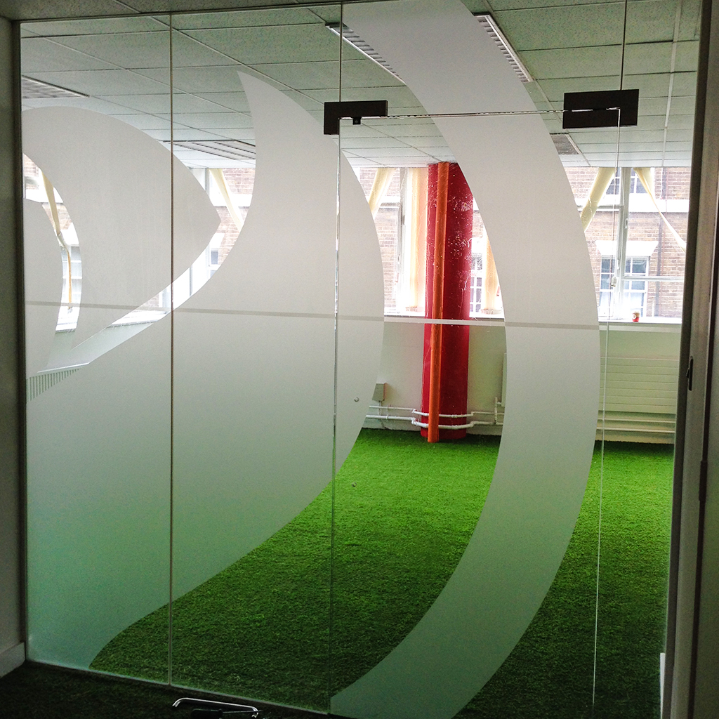 Frosted Vinyl Graphics Etched Logos Office Doors Windows Switzerland - Superb vinyl graphics